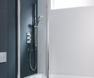 Design Double Bath Screen - Outward Opening -1774